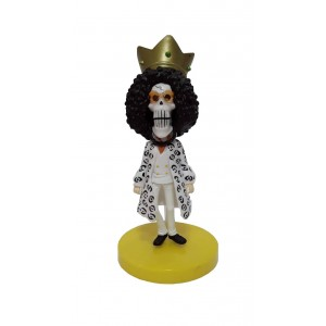 MUÑECO ONE PIECE BROOK CON BASE AMARILLA ALTURA 11 CM