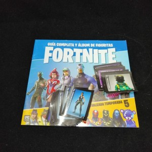 Lote de Figus x 30 unid + álbum Fortnite Temporada 5