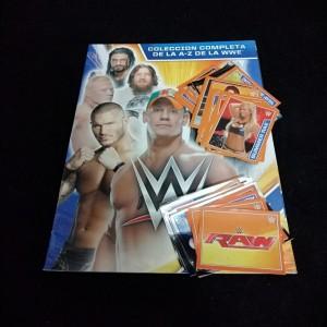 Lote de Figus x 46 unid + álbum WWE